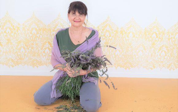 NEU: Lavendel Yoga – immer am letzten Freitag im Monat
