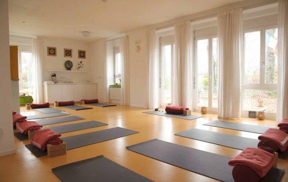 Das Yoga Studio bleibt vom 16.3. bis zum 17.4. wegen Coronavirus geschlossen!