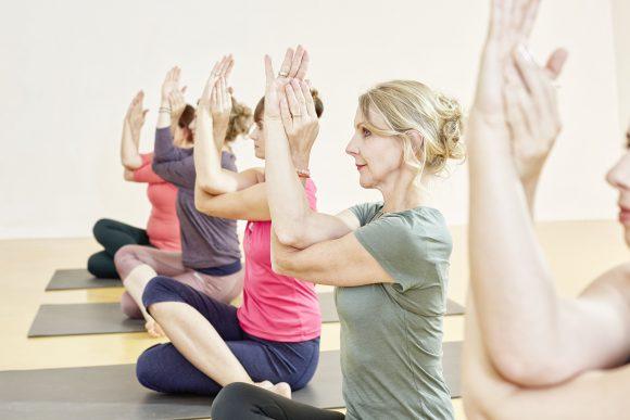 Faszien Yoga für Schulter und Nacken 6.11. /18 – 20 Uhr