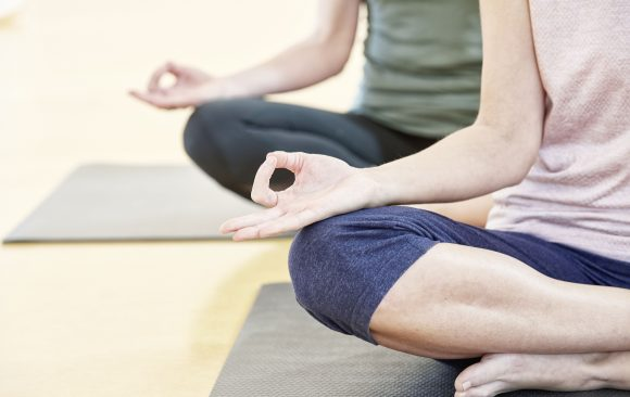 Am 21. Juni ist der Internationale Yoga Tag – probiere Yoga aus – im Juni kostenlos